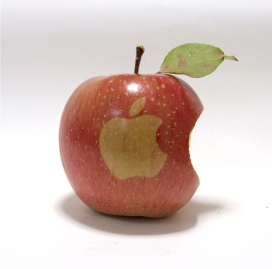 appleonapple1.jpg