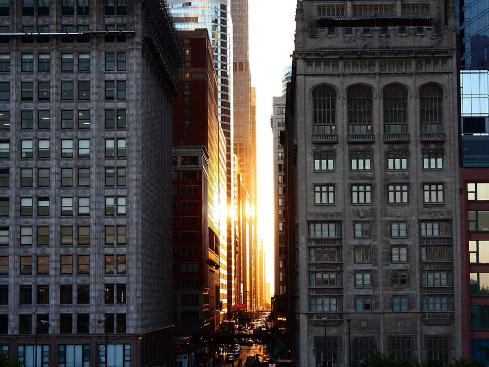 chicago-downtown-sunset.jpg