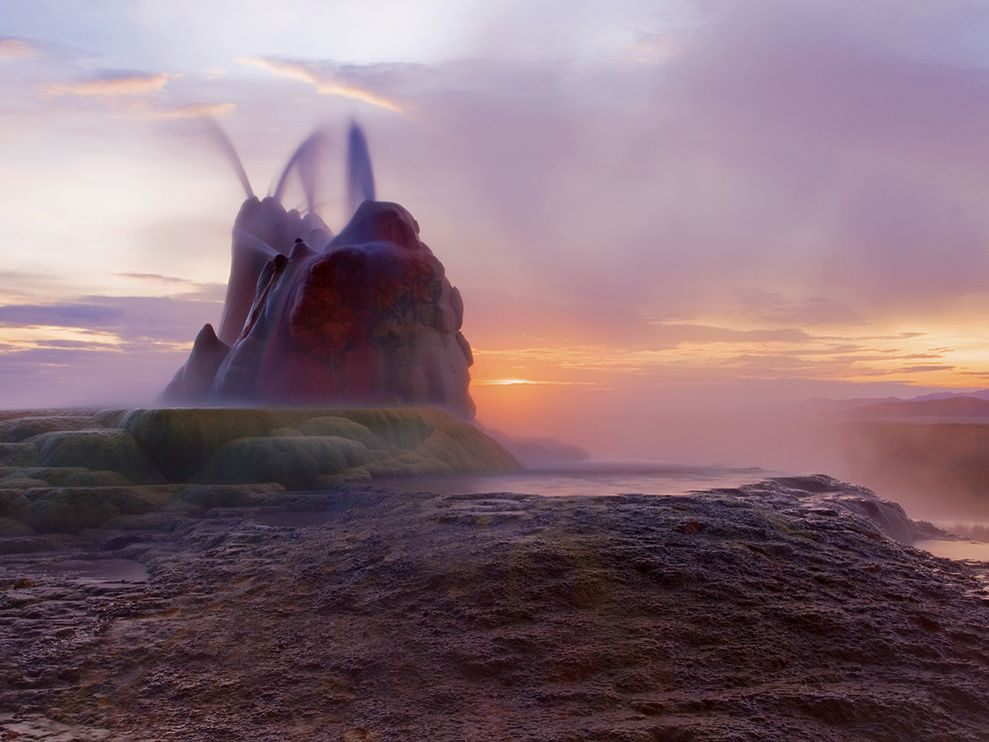 fly-geyser-nevada.jpg